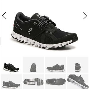 On Cloud Black running sneakers size 9.5